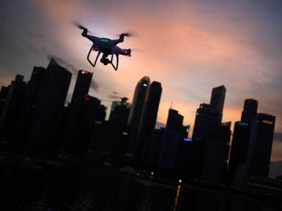 équiper les drones de plaques d'immatriculation