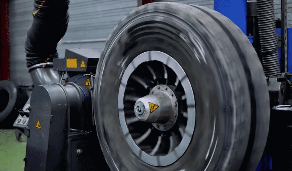 Le rechapage de pneu est une technique qui se développe dans l'industrie automobile depuis quelques temps maintenant.