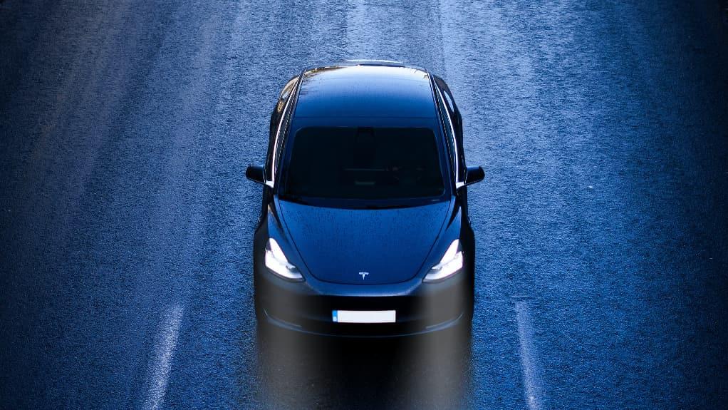 Voiture sans volant ni pédales, le projet fou de Tesla et Elon Musk pour 2023 ? 🔮